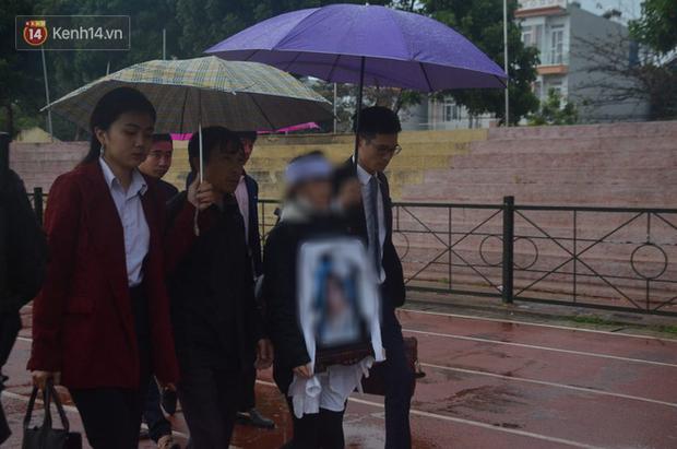 Gia đình nữ sinh giao gà bất ngờ làm đơn xin không tử hình cả 6 bị cáo sát hại con gái mình - Ảnh 3.