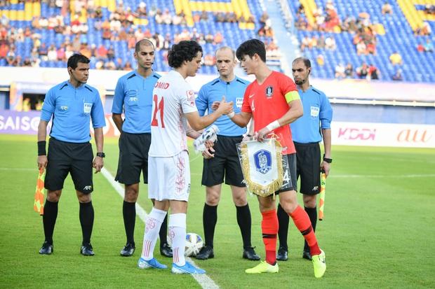 Hot như tuyển Hàn Quốc tại VCK U23 châu Á: Đội hình toàn nam thần, đi đá bóng có nhất thiết cần đẹp như thế này không! - Ảnh 4.