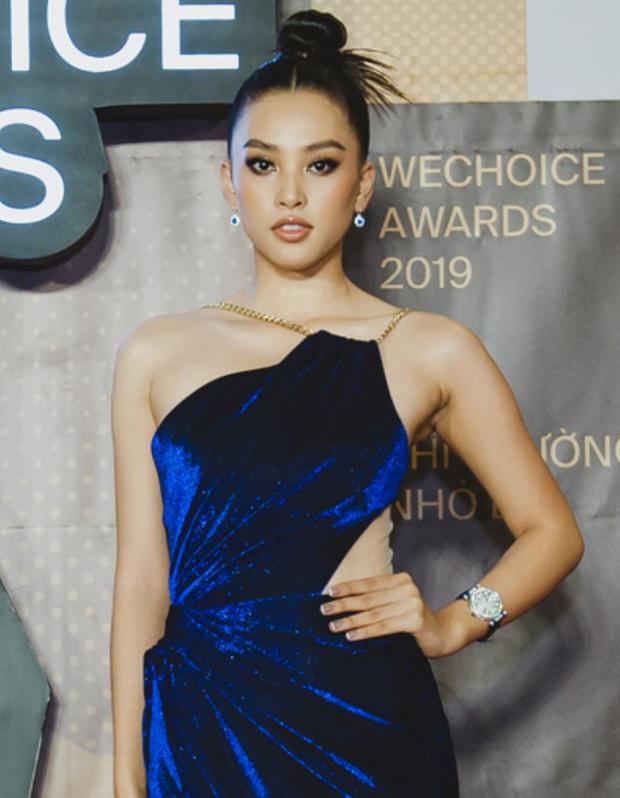 """Top kiểu tóc và makeup """"xịn"""" nhất WeChoice Awards 2019: Châu Bùi - Khánh Linh đẹp ma mị, Hương Giang tâm huyết đính đá không đụng hàng - Ảnh 7."""