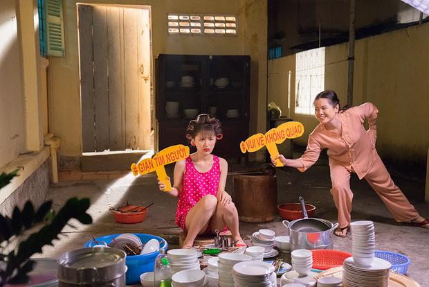 Tùng Maru tự dìm bằng cách... giả gái, song ca cùng Han Sara cực lầy trong bản nhạc Tết nghe thôi đã thấy Tết về của team DTAP - Ảnh 4.