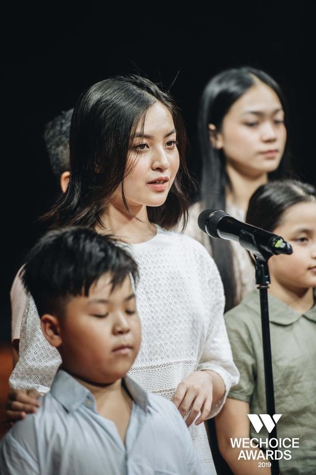Hành trình Mắt Biếc tại gala WeChoice Awards 2019: Cảm xúc, lắng đọng cùng những con người phi thường nhỏ bé - Ảnh 4.
