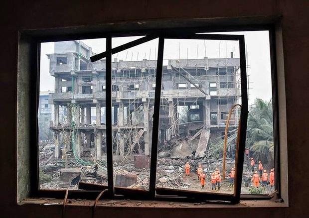 Nổ nhà máy hóa chất gây nhiều thương vong ở Ấn Độ - Ảnh 1.
