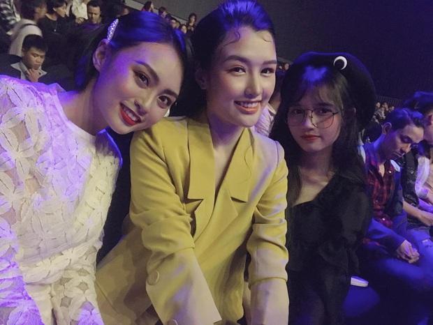 Minh Nghi, Hạ Mi, Chi Chi... mỗi người một vẻ, mười phân vẹn mười trên thảm đỏ gala WeChoice Awards 2019, cả làng game đứng ngồi không yên - Ảnh 5.