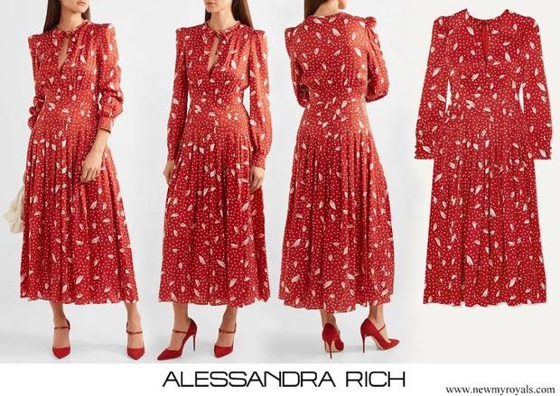 Cùng 1 mẫu váy: Lưu Diệc Phi đẹp thần tiên, Công nương Kate lại chứng tỏ đẳng cấp khi sửa váy sang trọng hơn hẳn - Ảnh 3.