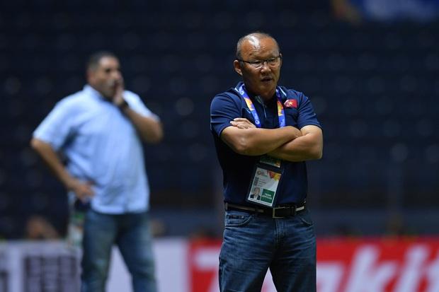 U23 Việt Nam đã nghèo còn gặp cái eo: Nguy cơ mất hậu vệ trái số 1 trước trận quyết đấu với Triều Tiên - Ảnh 2.