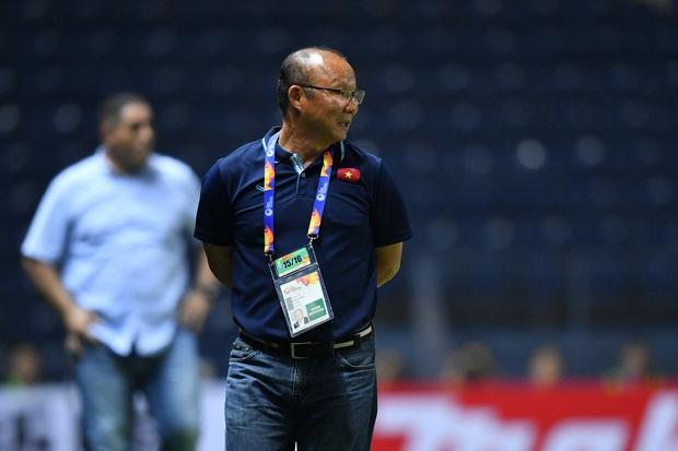 HLV Park Hang-seo căng thẳng khi biết U23 Việt Nam có thể bị loại dù có thắng đậm Triều Tiên ở trận cuối - Ảnh 1.
