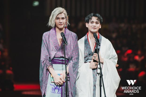 Loạt khoảnh khắc không đẹp không tính tiền của Denis Đặng tại WeChoice Awards 2019 - Ảnh 8.