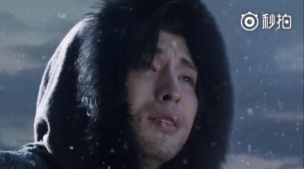 6 nam chính ngôn tình vật vã tìm vợ: Điển trai cỡ Đặng Luân hay tường thành như Gong Yoo đều tàn tạ đến bơ phờ - Ảnh 3.