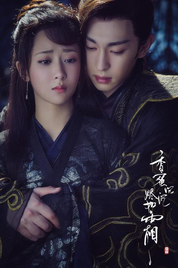 6 nam chính ngôn tình vật vã tìm vợ: Điển trai cỡ Đặng Luân hay tường thành như Gong Yoo đều tàn tạ đến bơ phờ - Ảnh 1.