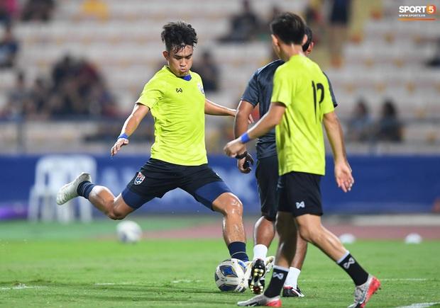 Xuất sắc cầm hòa Iraq, đội tuyển Thái Lan lần đầu tiên trong lịch sử vượt qua vòng bảng giải U23 châu Á - Ảnh 22.