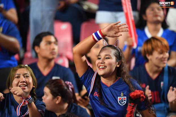 Xuất sắc cầm hòa Iraq, đội tuyển Thái Lan lần đầu tiên trong lịch sử vượt qua vòng bảng giải U23 châu Á - Ảnh 21.