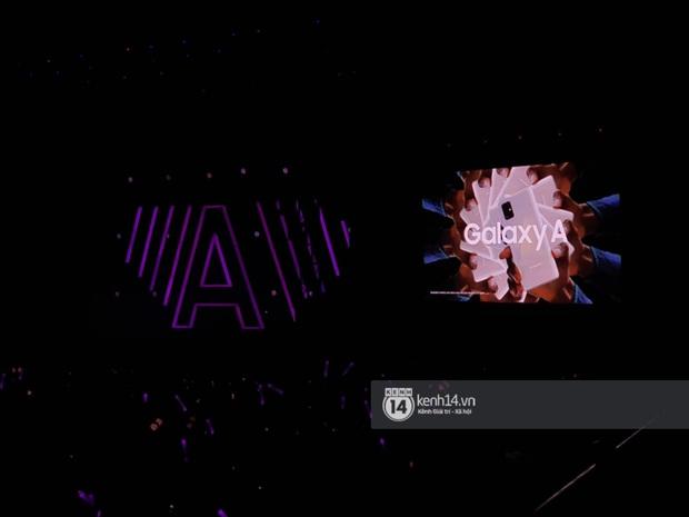 ĐỘC QUYỀN: Lisa ôm đầu sốc khi xem fan nhảy cover quá chất tại fanmeeting đầu tiên của BLACKPINK trong năm 2020 - Ảnh 16.