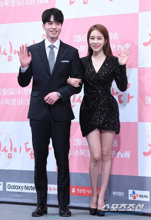 Nữ phụ quốc dân Yoo In Na: Nhan sắc nở muộn ở tuổi U40, cao 1m65 mà body nuột đến mức không cần photoshop - Ảnh 14.
