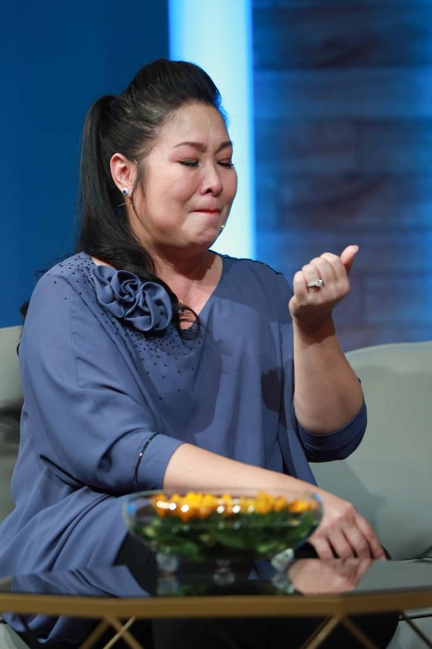 NSND Hồng Vân khóc nức nở trước người mẹ không muốn làm người kiếp sau - Ảnh 4.
