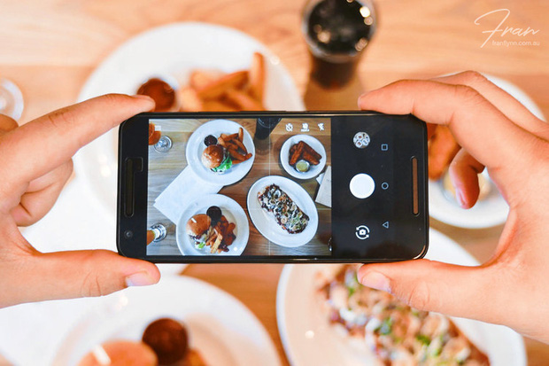 Chụp đồ ăn bằng smartphone thì nên thử kiểu này mới ngon - Ảnh 1.