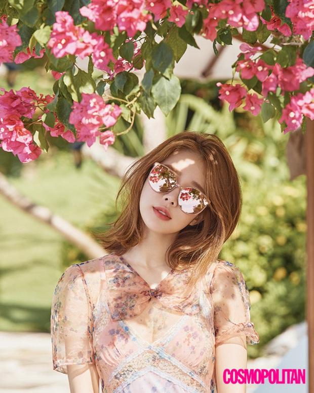 Nữ phụ quốc dân Yoo In Na: Nhan sắc nở muộn ở tuổi U40, cao 1m65 mà body nuột đến mức không cần photoshop - Ảnh 8.