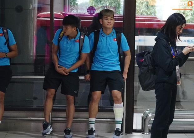 HLV Park Hang-seo liên tục uống cafe khi cùng U23 Việt Nam chinh chiến giải châu Á - Ảnh 4.