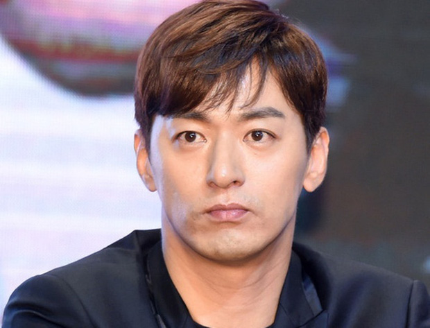 Sau tất cả tài tử Hoàng hậu Ki Joo Jin Mo đã lên tiếng về bê bối săn gái chấn động, tiết lộ chi tiết vụ tống tiền - Ảnh 1.