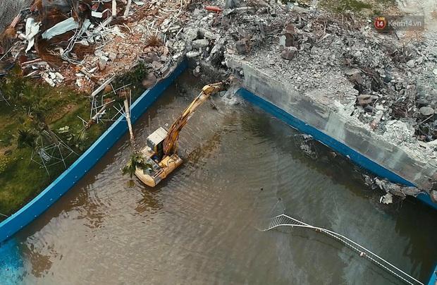 Ảnh: Công viên nước Thanh Hà bị cưỡng chế tháo dỡ sau sự cố khiến 2 bé trai tử vong thương tâm - Ảnh 3.