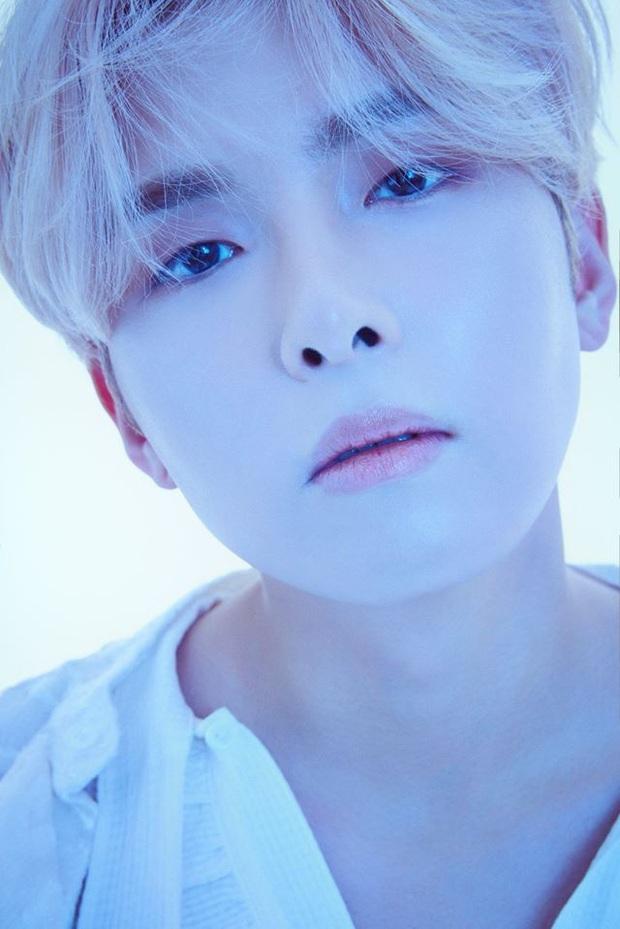 Dạt ra cho các ông chú Super Junior comeback: Người hở ngực săn chắc, người râu ria xồm xoàm, người... kín như bưng - Ảnh 8.