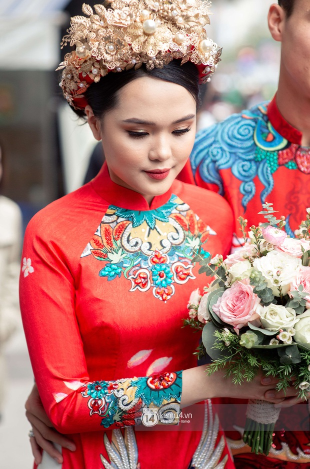Khoảnh khắc đẹp trong đám hỏi Quỳnh Anh - Duy Mạnh: Chú rể toe toét cười từ đầu đến cuối, hẳn là vì rước được công chúa béo về dinh - Ảnh 7.
