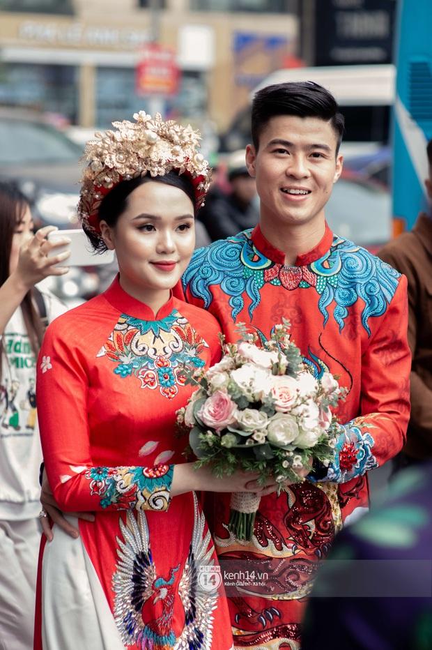 Khoảnh khắc đẹp trong đám hỏi Quỳnh Anh - Duy Mạnh: Chú rể toe toét cười từ đầu đến cuối, hẳn là vì rước được công chúa béo về dinh - Ảnh 6.