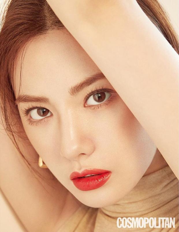 Ảnh tạp chí gây bão của idol Kpop đầu tiên thành người phụ nữ đẹp nhất thập kỷ: Kéo đến ảnh cận mà choáng vì visual! - Ảnh 8.