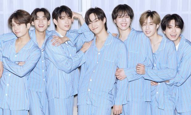 """10 nhóm nhạc """"con ghẻ quốc dân, con cưng quốc tế"""": """"Gà"""" SM và JYP ngậm ngùi góp mặt, girlgroup lập kỉ lục ngang BTS lại bi đát ở Hàn - Ảnh 1."""