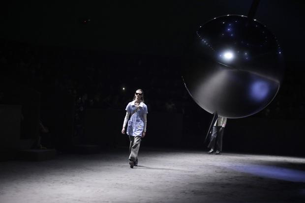 Gucci vừa tung BST mới đã sớm khiến dân tình tranh cãi, NTK Đỗ Mạnh Cường tiên phong chê cực lực - Ảnh 1.