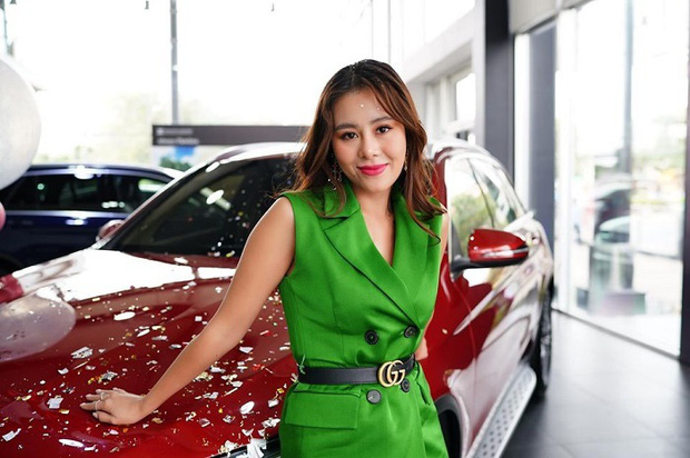 Bị soi không có nổi 1 triệu trong túi nhưng tháng trước vừa tậu xe sang 2 tỷ, Nam Thư chính thức lên tiếng - Ảnh 2.