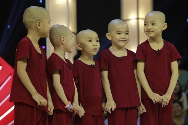 5 chú tiểu Bồng Lai trở lại, diễn 15 vòng khiến Trấn Thành cười sặc sụa, ẵm luôn 150 triệu đồng! - Ảnh 1.