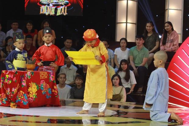 5 chú tiểu Bồng Lai trở lại, diễn 15 vòng khiến Trấn Thành cười sặc sụa, ẵm luôn 150 triệu đồng! - Ảnh 4.