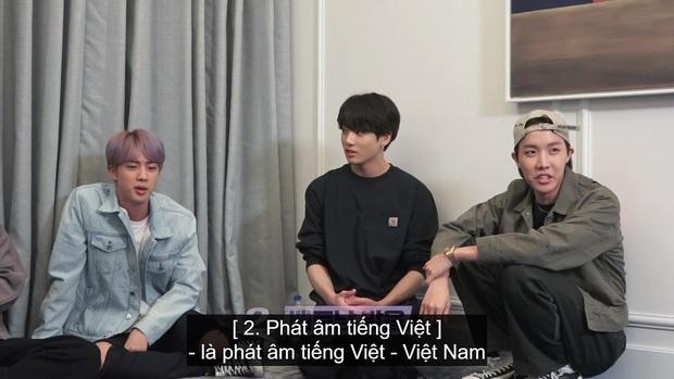 Fan sướng rơn vì tiếng Việt phiên bản... chị Google xuất hiện trong show của BTS - Ảnh 1.