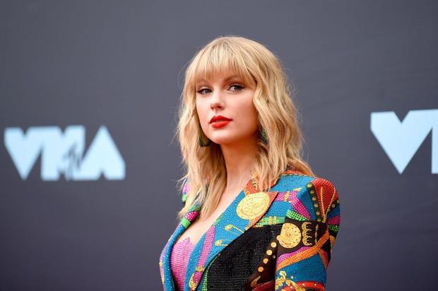 Không hiểu Taylor Swift gây thù gì với Iron Man Robert: 5 lần 7 lượt bị móc mỉa, sốc nhất là phát ngôn nhện cái mới đây - Ảnh 1.