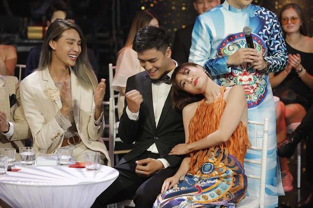Sóng 20: Gặp gỡ cặp đôi vừa cưới nhau của Người ấy là ai, Huy Trần tái ngộ Hương Giang sau khi chia tay bạn gái - Ảnh 7.