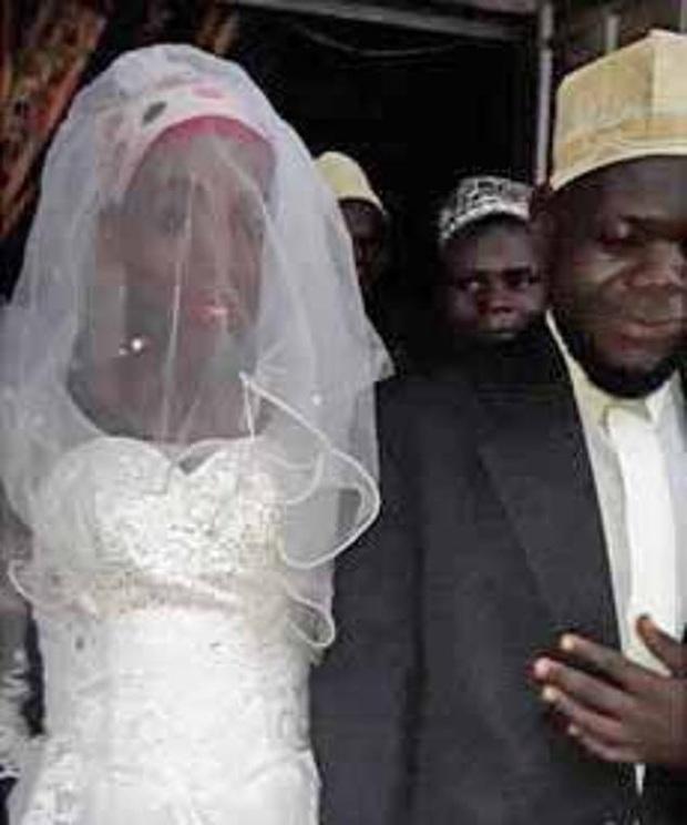 Người đàn ông tá hỏa khi phát hiện ra cô dâu của mình không phải là phụ nữ mặc dù đã làm đám cưới được 2 tuần - Ảnh 1.