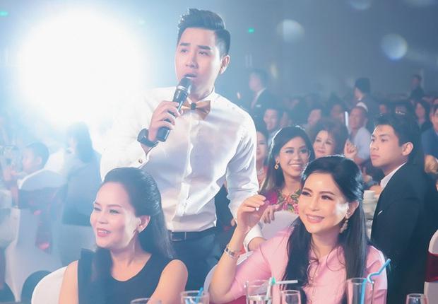 Muốn lịm đi trước loạt ảnh chị đẹp Tăng Thanh Hà tại tiệc cuối năm của gia đình chồng: Đẹp vừa thôi chị ơi! - Ảnh 5.