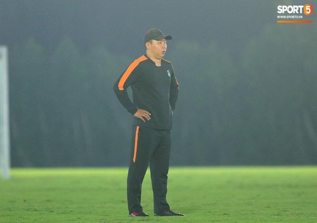 U23 CHDCND Triều Tiên tự tát vào mặt nhau trước trận gặp U23 Việt Nam - Ảnh 7.