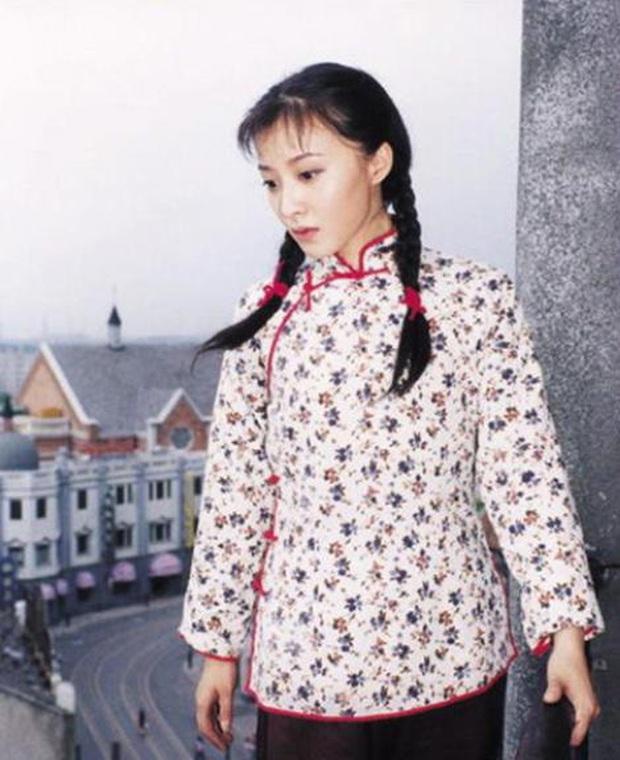 Dàn sao phụ Tân Dòng Sông Ly Biệt sau 19 năm: Vai vũ nữ thành minh tinh hạng A, xót xa hồng nhan bạc mệnh vì ung thư máu - Ảnh 28.