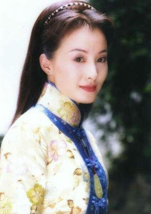 Dàn sao phụ Tân Dòng Sông Ly Biệt sau 19 năm: Vai vũ nữ thành minh tinh hạng A, xót xa hồng nhan bạc mệnh vì ung thư máu - Ảnh 29.