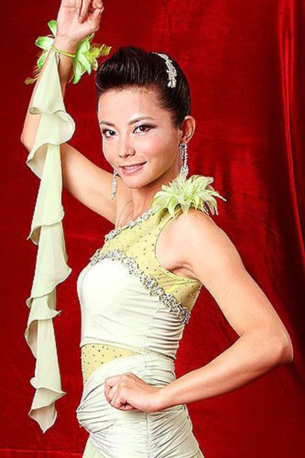 Dàn sao phụ Tân Dòng Sông Ly Biệt sau 19 năm: Vai vũ nữ thành minh tinh hạng A, xót xa hồng nhan bạc mệnh vì ung thư máu - Ảnh 5.