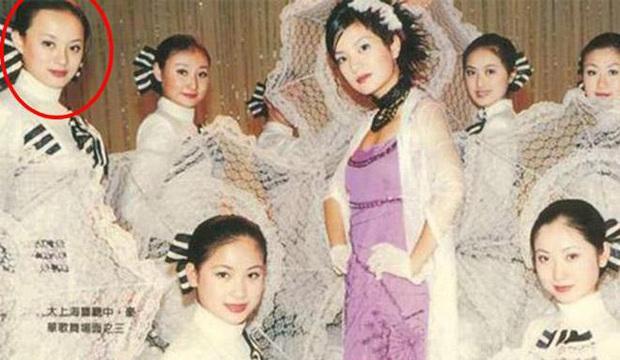 Dàn sao phụ Tân Dòng Sông Ly Biệt sau 19 năm: Vai vũ nữ thành minh tinh hạng A, xót xa hồng nhan bạc mệnh vì ung thư máu - Ảnh 22.
