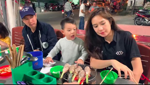"""""""Bò bảy món"""" là đặc sản gì mà đến cả vợ chồng Lý Hải – Minh Hà đến An Giang cũng phải ăn cho bằng được? - Ảnh 6."""