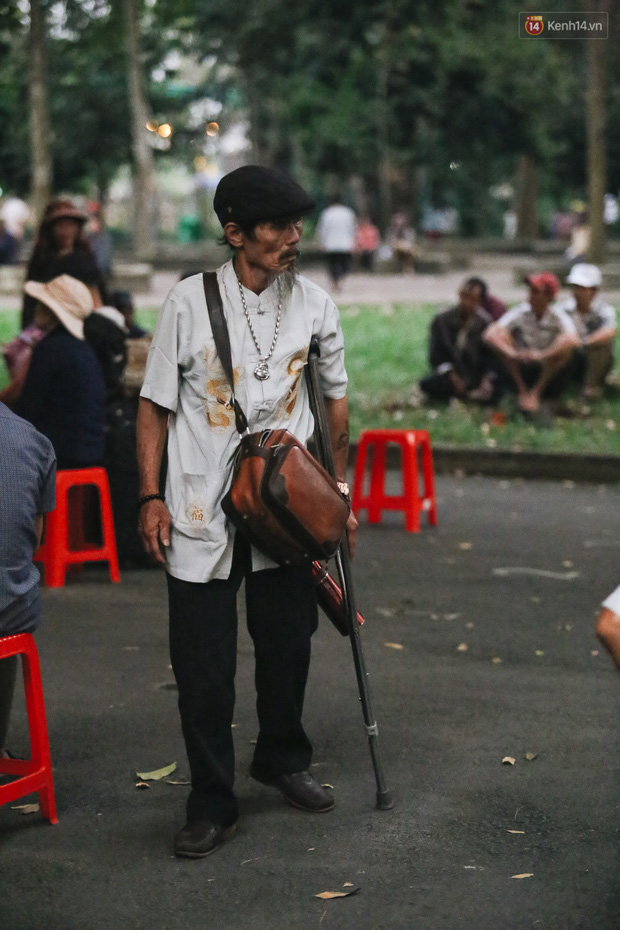 Chuyến xe nghĩa tình đưa miễn phí gần 700 sinh viên và người lao động nghèo mưu sinh ở Sài Gòn về quê đón Tết Canh Tý 2020 - Ảnh 4.