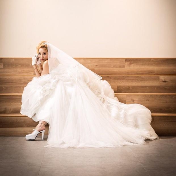 Tiêu xài hết gần 22 tỷ của chồng, mẫu nữ đòi ly hôn chỉ sau một tuần vì nửa kia không còn tiền cho mình ăn chơi - Ảnh 2.