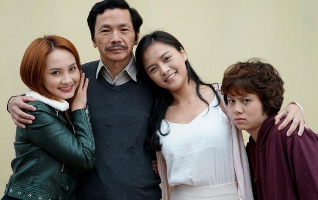 Mùng một Tết cha: Rủ bố cùng xem 5 phim Việt cảm động này thay lời muốn nói này bạn ơi! - Ảnh 1.