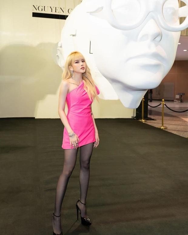 Sau Lisa, Thiều Bảo Trâm lại chuyển phỏm học hỏi style của Rosé: Chi hàng chục triệu mua giày giống em iu, copy cả kiểu tóc - Ảnh 3.