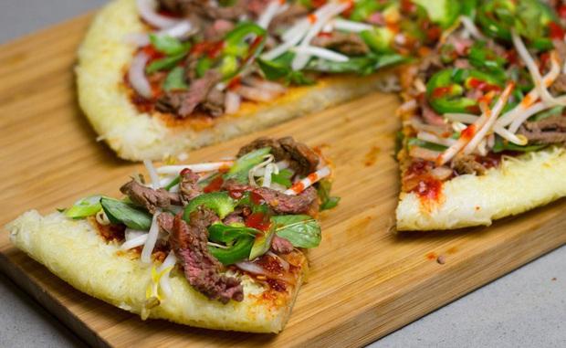 Những chiếc pizza kỳ quặc nhất hành tinh ai nhìn vào cũng muốn té ngửa, Việt Nam có hàng loạt cái tên góp mặt (Phần 2) - Ảnh 9.