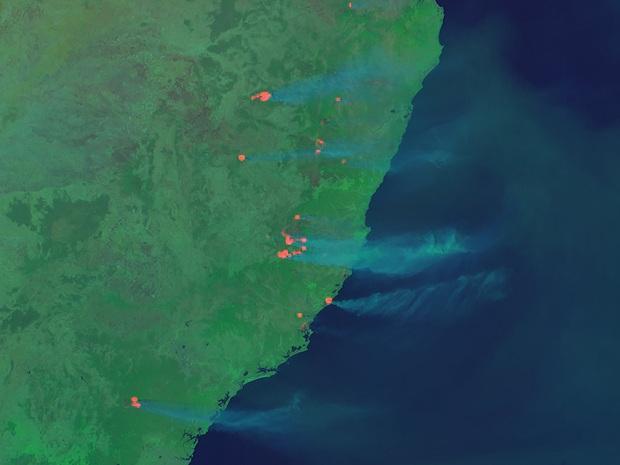 Phi hành gia NASA chia sẻ hình ảnh cháy rừng đại thảm họa nước Úc từ vũ trụ: Chỉ vài tấm ảnh thôi là đủ để thấy tình trạng đau lòng đến mức nào - Ảnh 2.