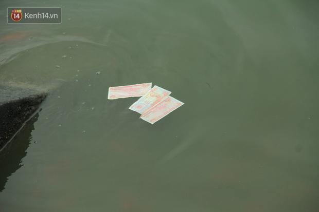 Hà Nội: Người dân thích thú với thông điệp Ông Táo không dùng túi nilon, hồ Tây không còn cảnh túi nilon nổi trắng dập dềnh - Ảnh 18.